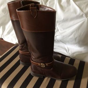 Girls Tall Boots Size 2